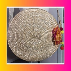 Handbags - Round Straw Tote